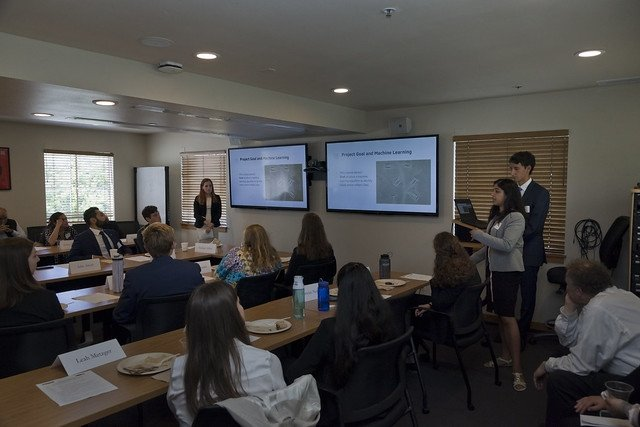 CNS Summer Interns present projects