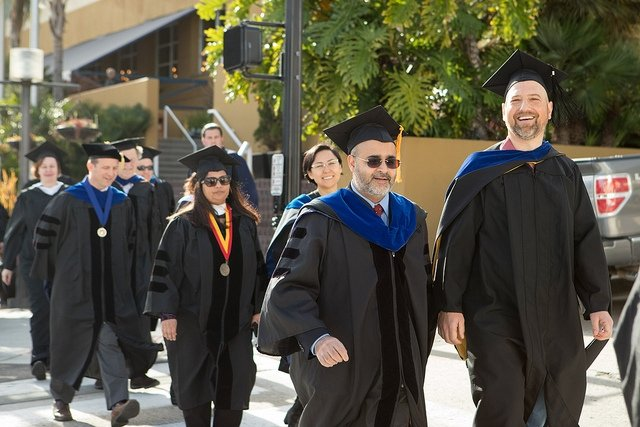 Faculty winter commencement 2018