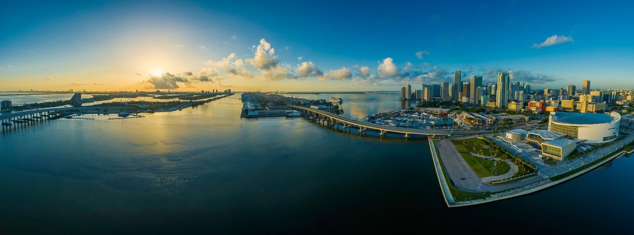 Miami panoramic water, highways, buildings