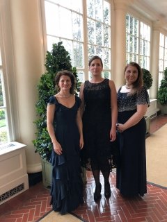 Three alumnae at White House State Dinner for Macron