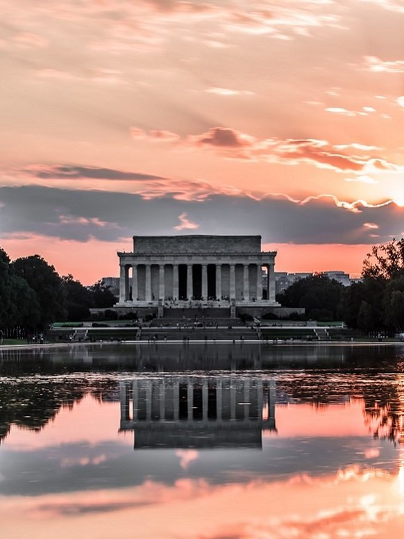 Lincoln Memorial Circle at Sunset