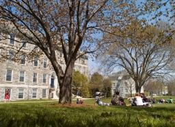 Middlebury College Offers 1 750 Students Acceptance To The Class Of 2017 Middlebury