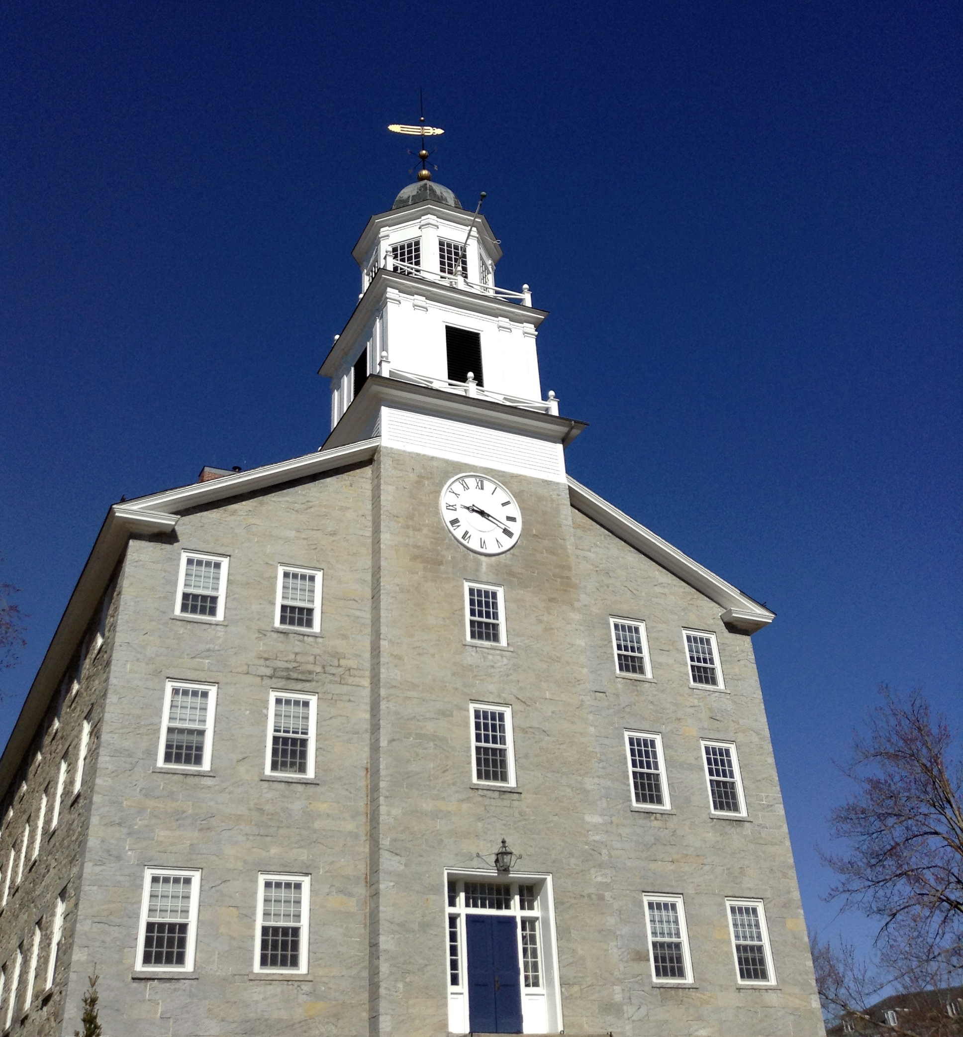 Middlebury Board of Trustees Reviews Fall Scenarios, Approves Nine