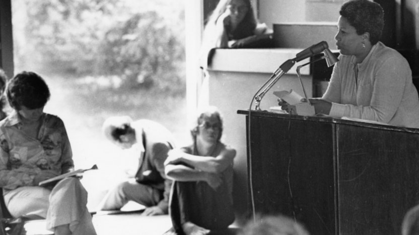 Toni Morrison gives a lecture in 1976.